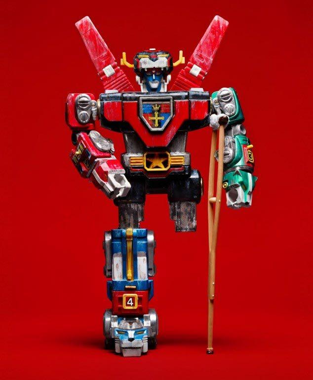 transformers-broken-leg