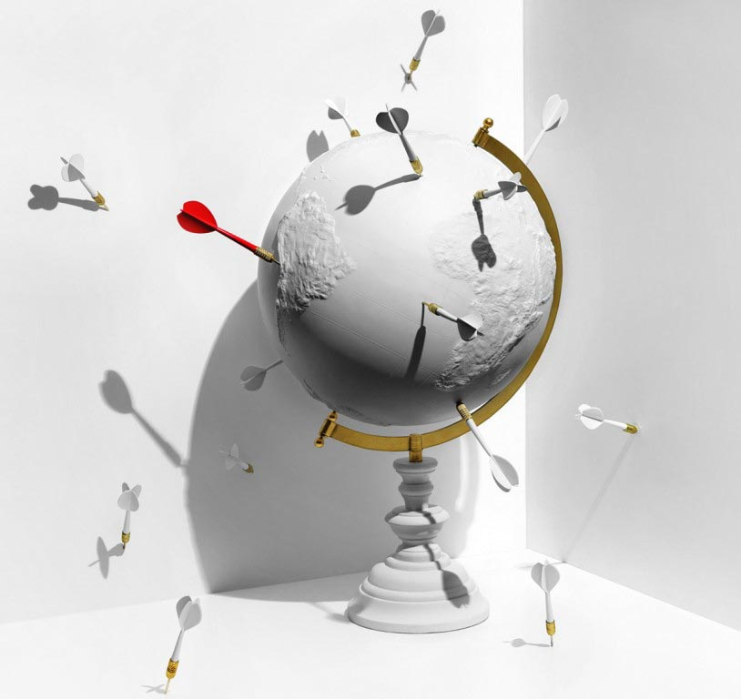 darts-globe-red-arrow