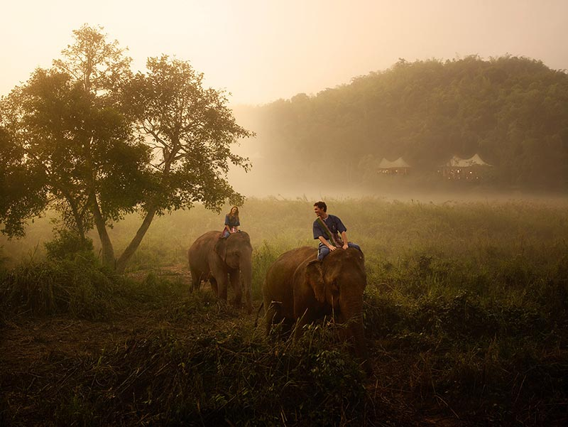 riding-elephants-photo